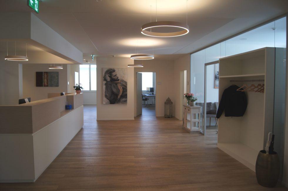 Ärztezentrum Adligenswil Eingangsbereich